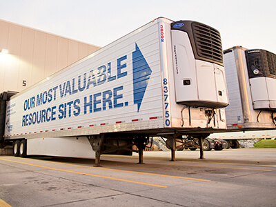 Shaffer Trucking reefer trailers at dock